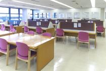 https://www.lib.city.minato.tokyo.jp/j/img2/library2_pic3.jpg